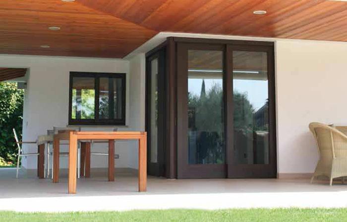 Infissi legno alluminio milano italport produzione e for Infissi color legno