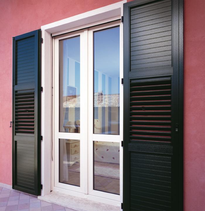 Persiane in pvc milano italport produzione e vendita for Prezzi porte finestre in alluminio