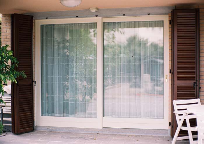 Persiane alluminio milano italport produzione e vendita for Prezzi porte finestre in alluminio